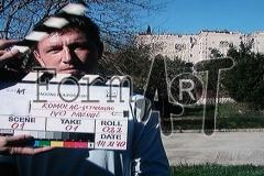 Ivo Pavlović ispred uništenog ljetnikovca Bizzaro