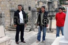 Između tri crkve davala se podrška braniteljima na Srđu, na slici Palameta, Špero i Obradović